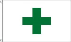 Flagmania® Green Cross Santé et Sécurité de Pharmacie 0,9x 0,6m (90cm x 60cm) 100% Polyester Drapeau + 59mm Insigne de Bouton de la marque image 0 produit